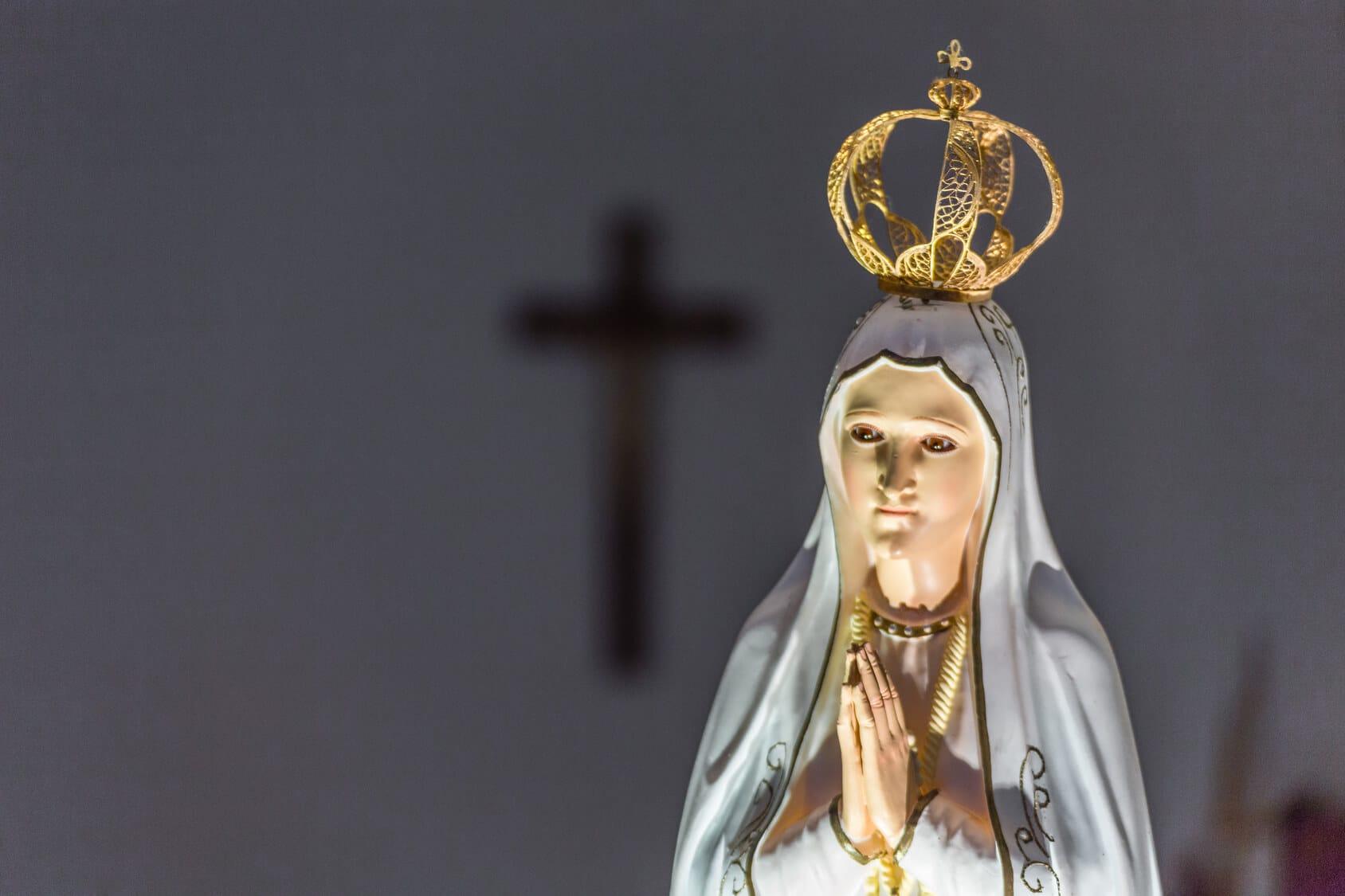 Pray in Fátima