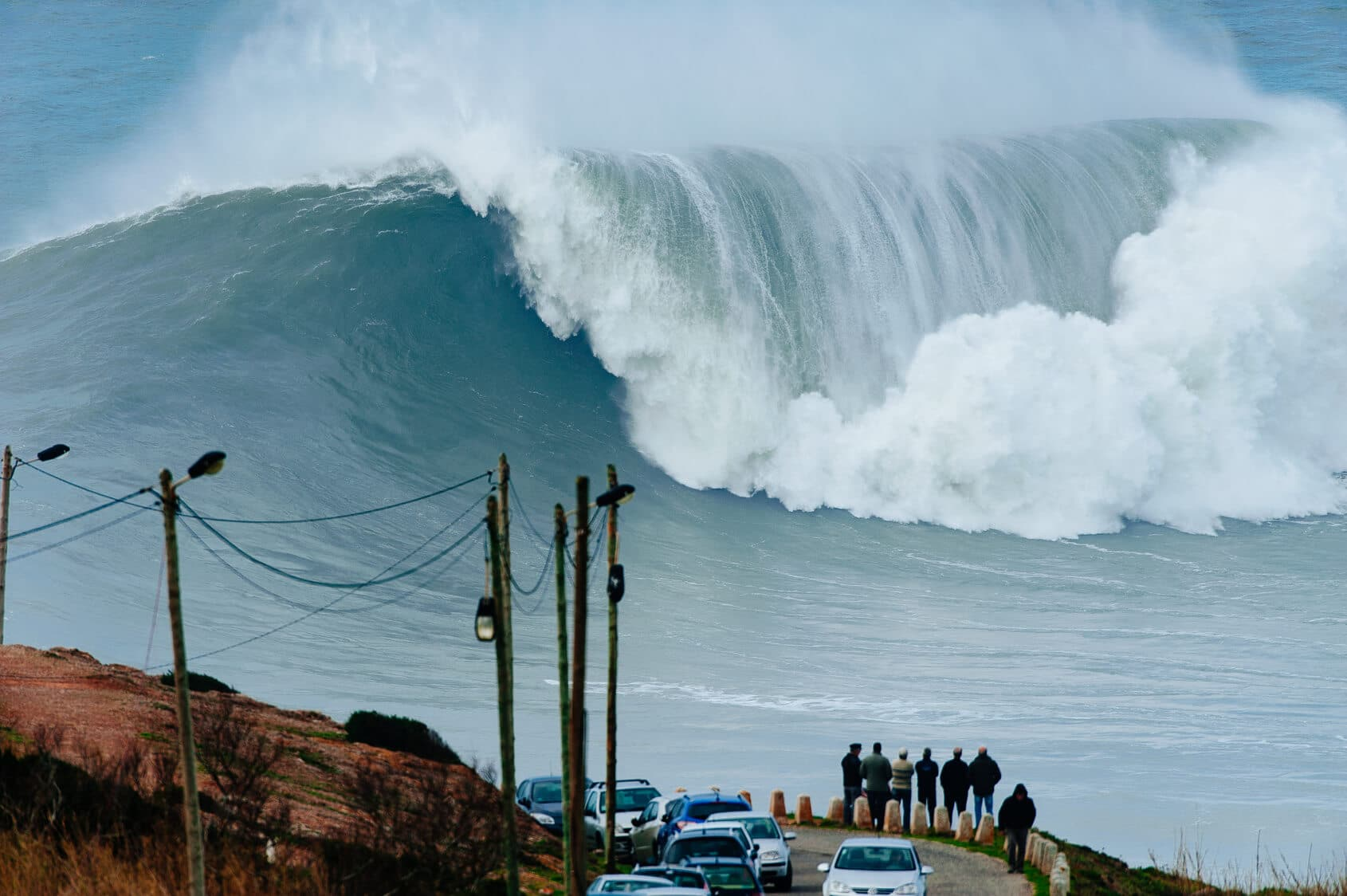 The Largest Waves of the World in Nazaré